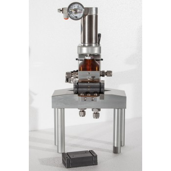 Electrically Heated PEM Research Cell - 5cm²